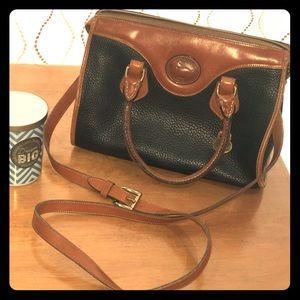 VTG Dooney & Bourke black & tan handbag